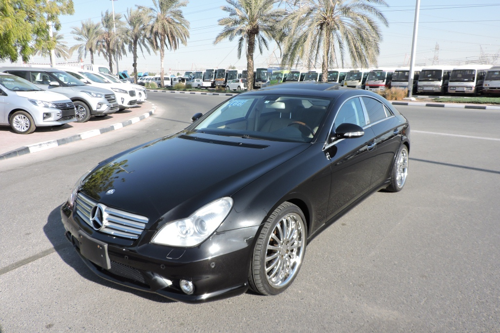 Used Mercedes Benz CLS 500 5.0L Petrol 2006 Model LHD